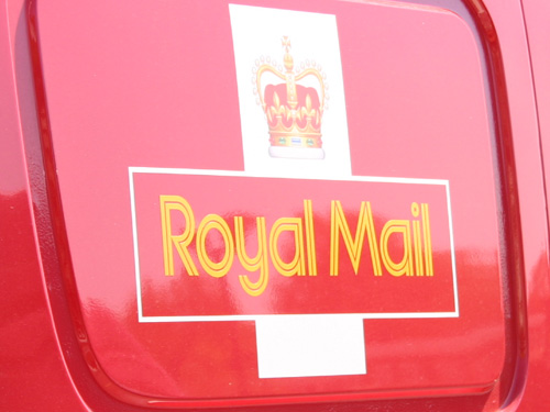 Royal Mail to increase its small parcel format and launch a festive price promotion