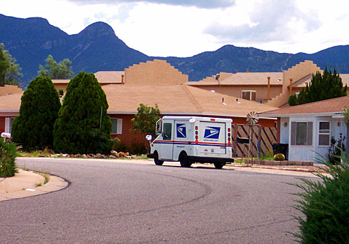 USPS denies Canada Post claims over international registered mail