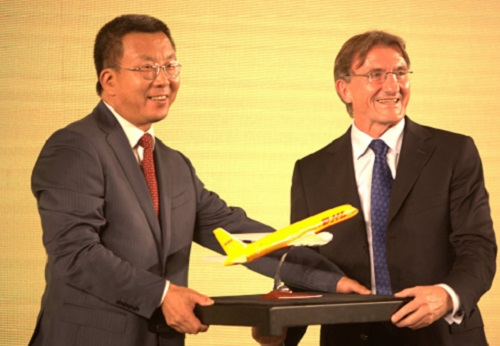 DHL delivers to Chinese football fans with CSL partnership