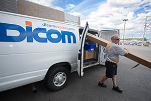 Dicom to offer Canada and US cross-border ground parcel service