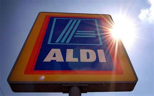 Aldi launches home delivery service, starting with wine offers