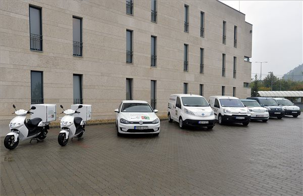 Magyar Posta testing electric delivery vehicles