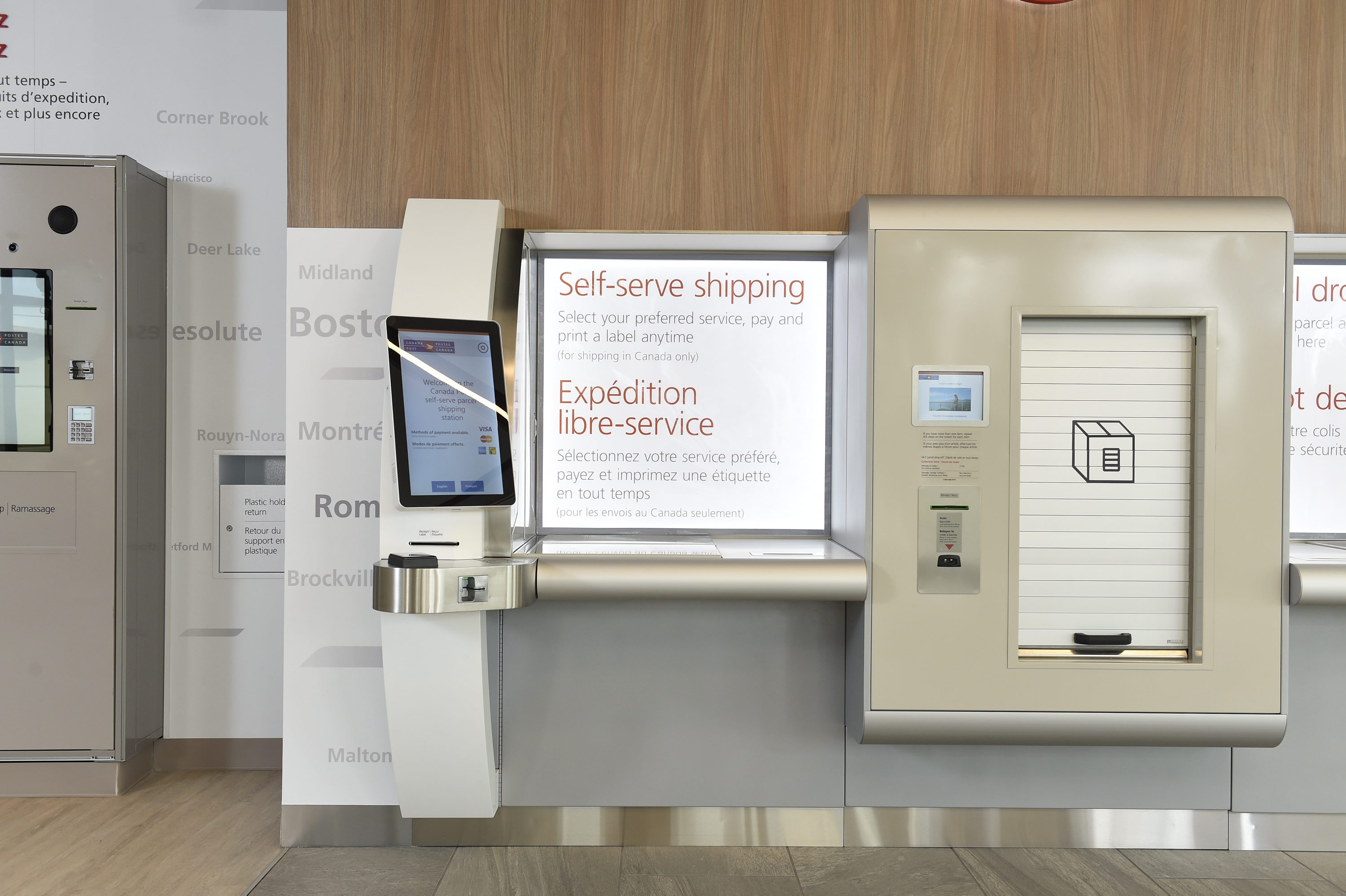 Canada Post launches new concept store focused on e-commerce
