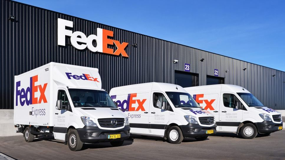 FedEx shares drop 5% and Royal Mail joins FTSE 100 fallers list