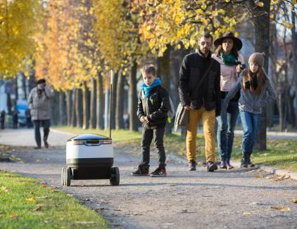 Starship set to start road testing delivery robots next month