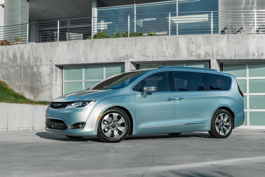 Google and Chrysler working together on self-driving minivans