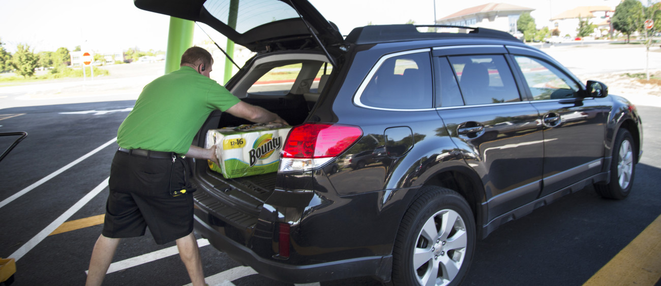 Walmart piloting last mile delivery with Uber, Lyft and Deliv