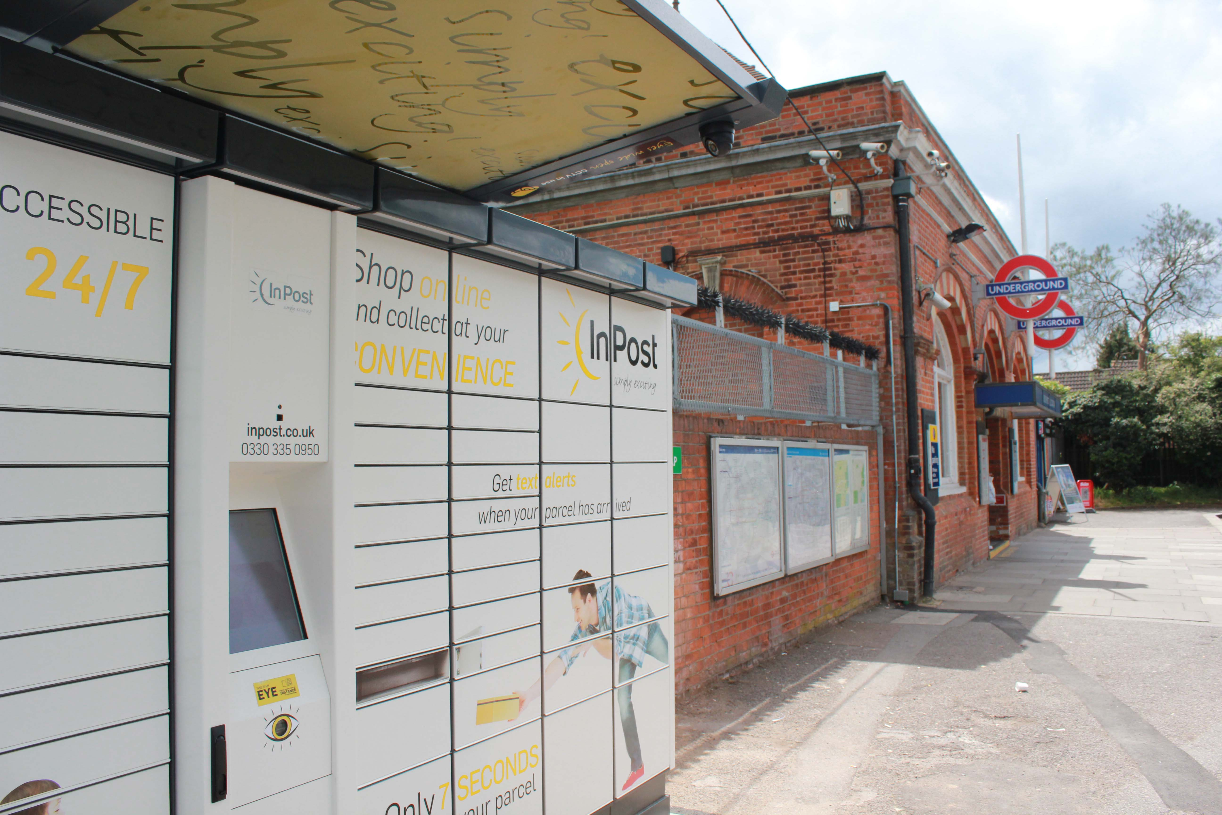 Holland & Barrett offers customers InPost locker option