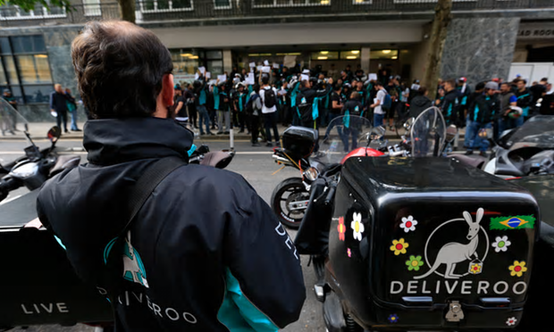 Deliveroo facing calls for union recognition for riders