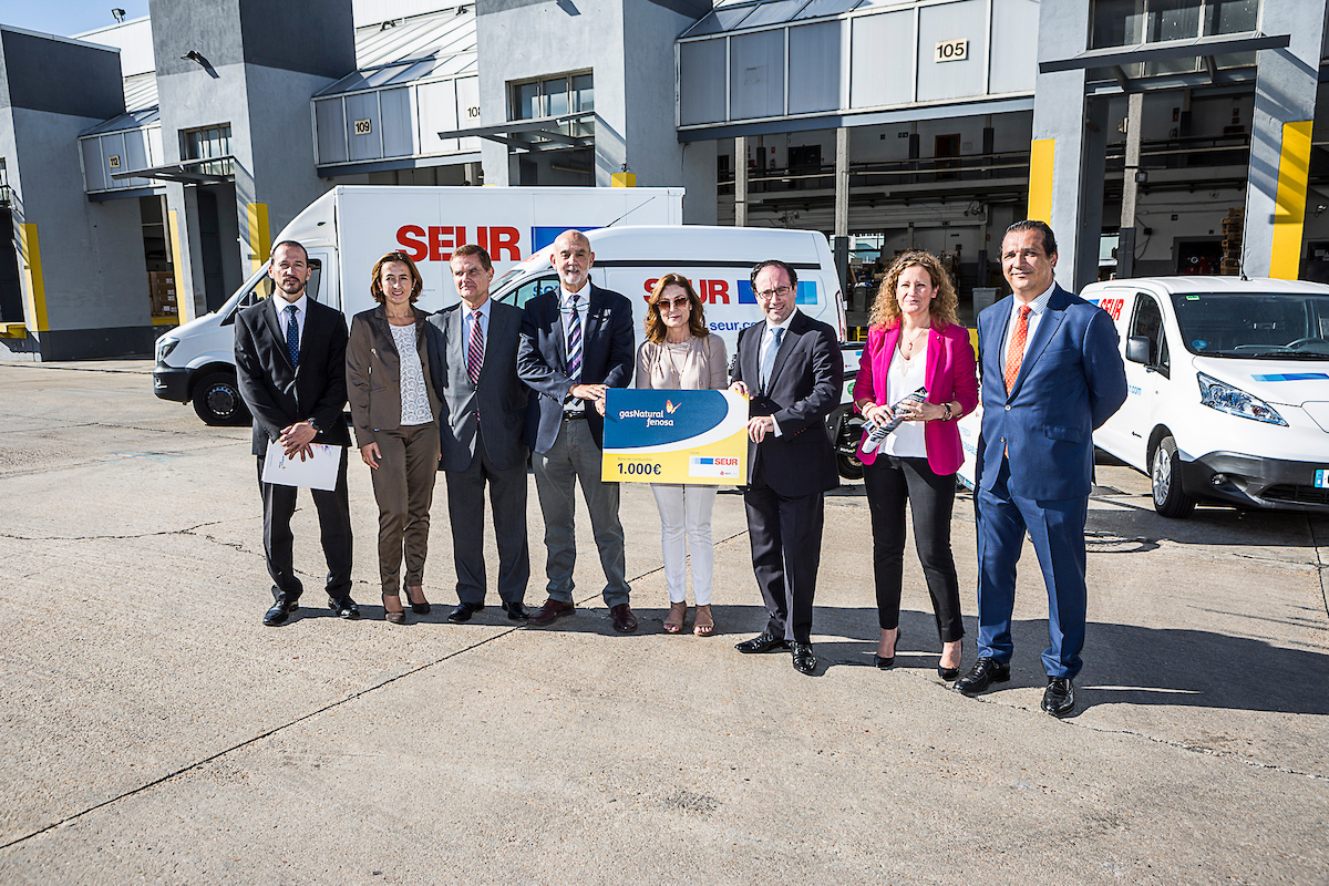 SEUR unveils new CNG delivery van