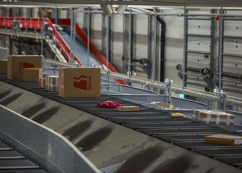 New BEUMER sortation system for Relais Colis' Paris facility