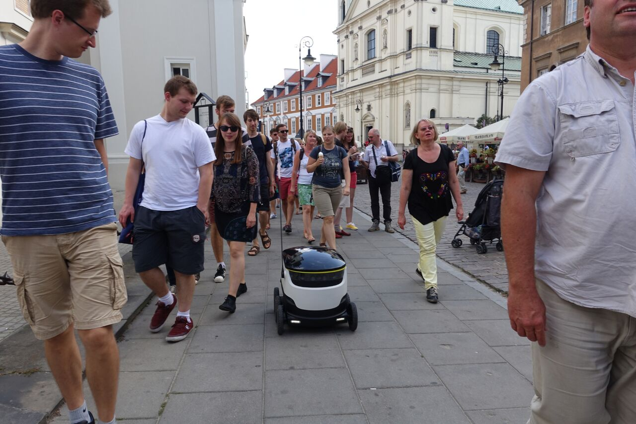 Ohio green lights delivery robots on sidewalks