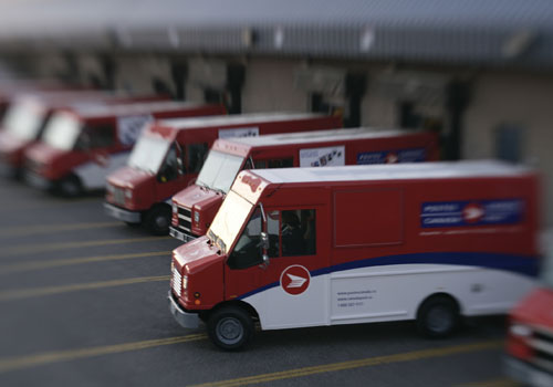 "Canada Post reports ""blockbuster"" Christmas"