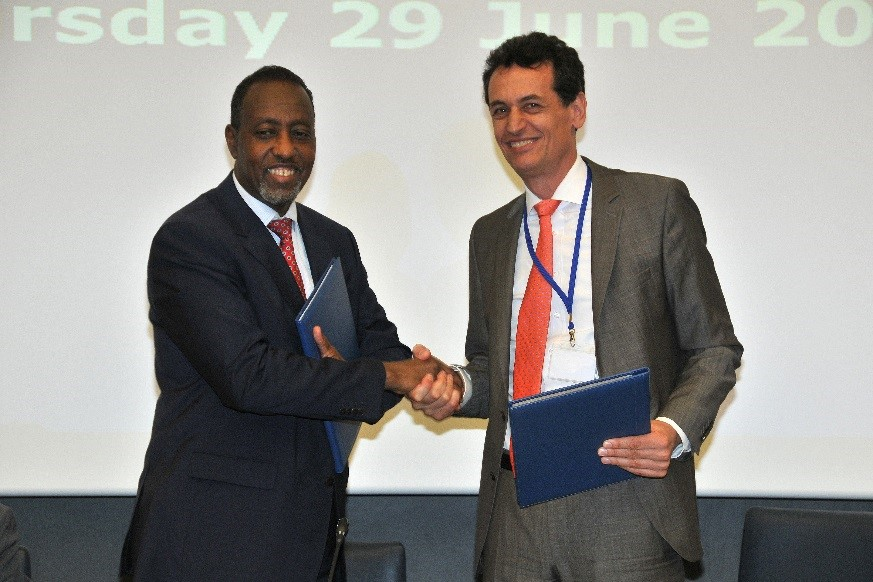 UPU and IPC agree to enhance cooperation on postal development