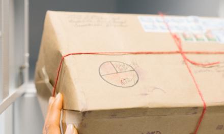 Amazon rolls out apartment locker service