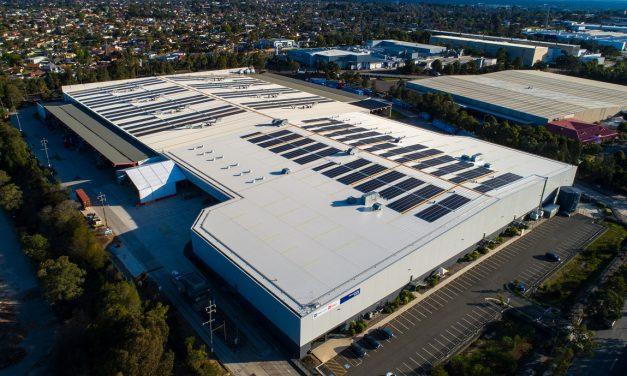 Australia Post installs giant single-roof solar panel at Sydney parcel centre