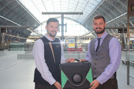 Paris to London express delivery launch