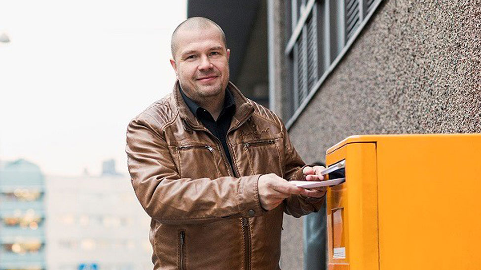 "Posti pilots ""smart letterbox"""