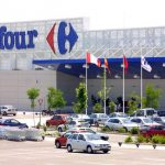 Carrefour and La Poste team up to extend home delivery services