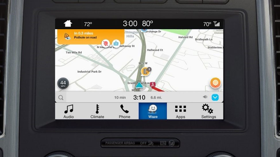 Ford and Waze offer on-screen integration