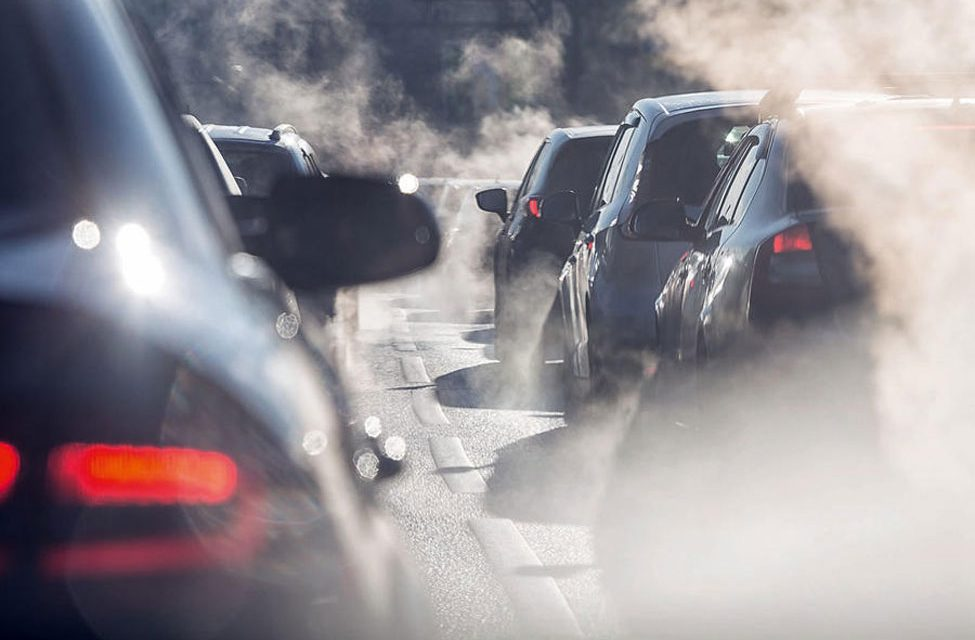 UK mayors call for 2030 ban on new pure petrol and diesel vehicles