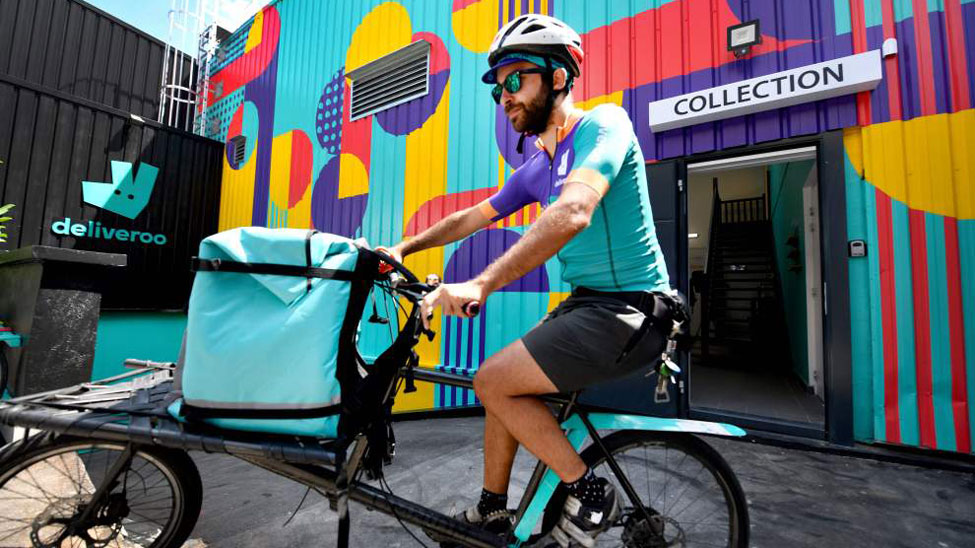 Deliveroo opens shared kitchen in Paris