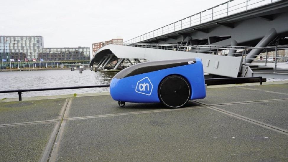 Dutch supermarket trials delivery robot