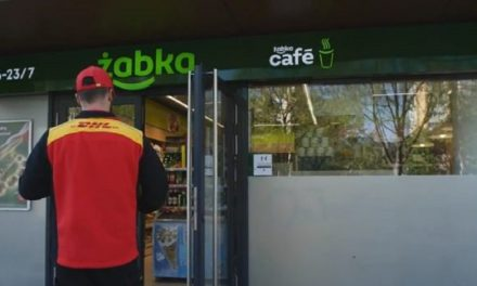 Żabka offers parcel delivery In all outlets For DHL customers