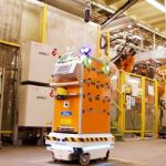 Ford's delivery robot makes life easier for workers in Valencia