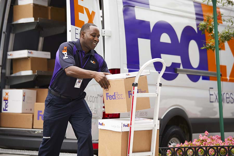 Amazon sellers can use FedEx ground service again