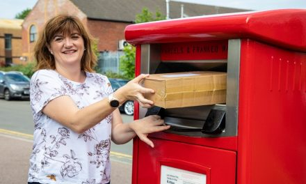Nicky Morgan MP unveils Royal Mail's first parcel postbox in Loughborough