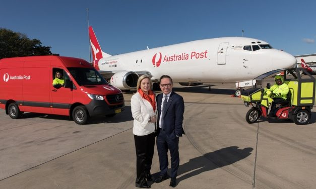 Australia Post boosts its air freighter network with new deal