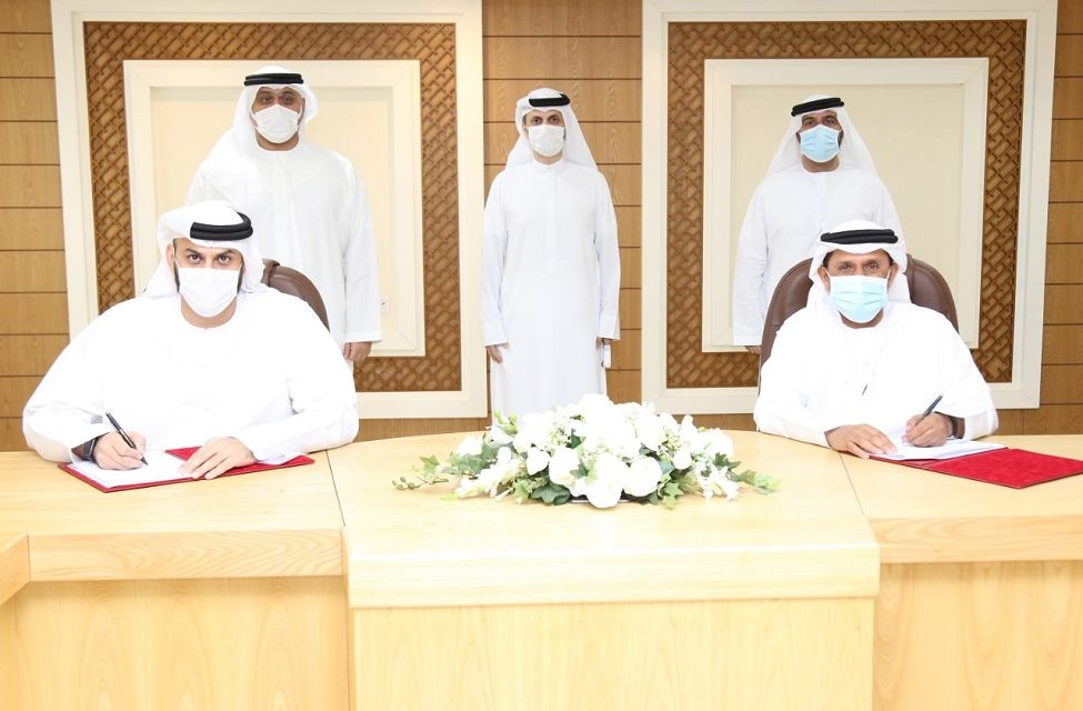 Emirates Post Group strikes deal that will help speed up the issuing of licences for courier and delivery companies