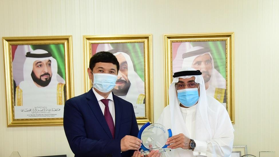 Emirates Post and Kazakhstan Post exchange best practice