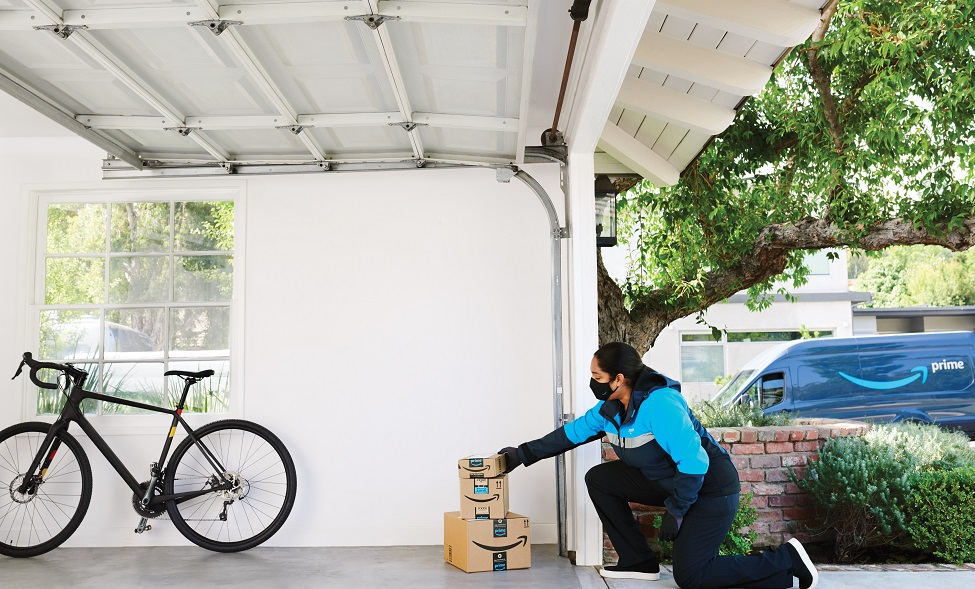 Amazon expands contactless garage delivery service