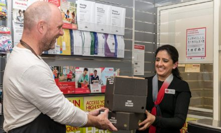 UK Post Office: The parcel market will see fierce trading throughout the critical Christmas period